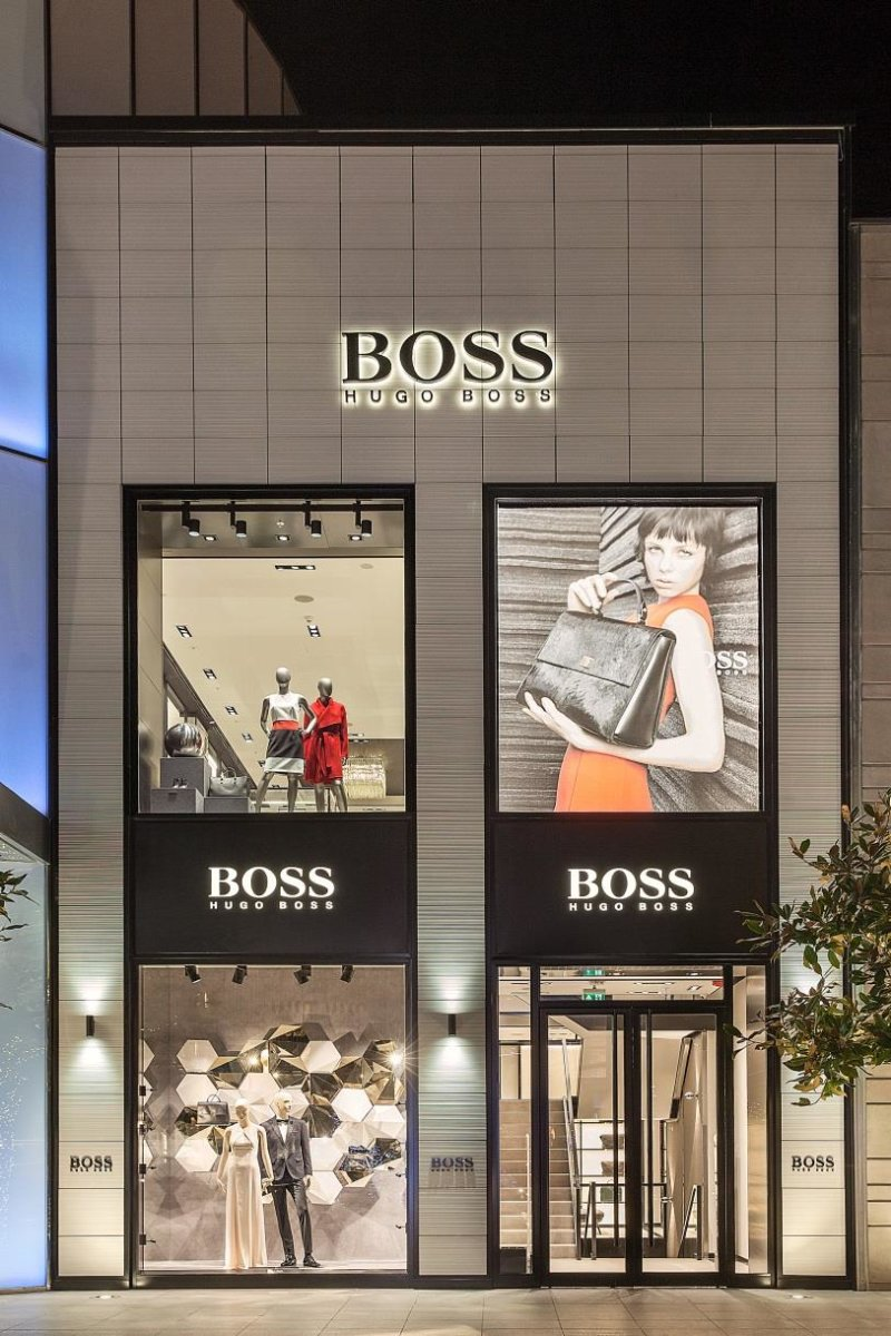 boss store istanbul istinye park hollin radoske architekten. Black Bedroom Furniture Sets. Home Design Ideas